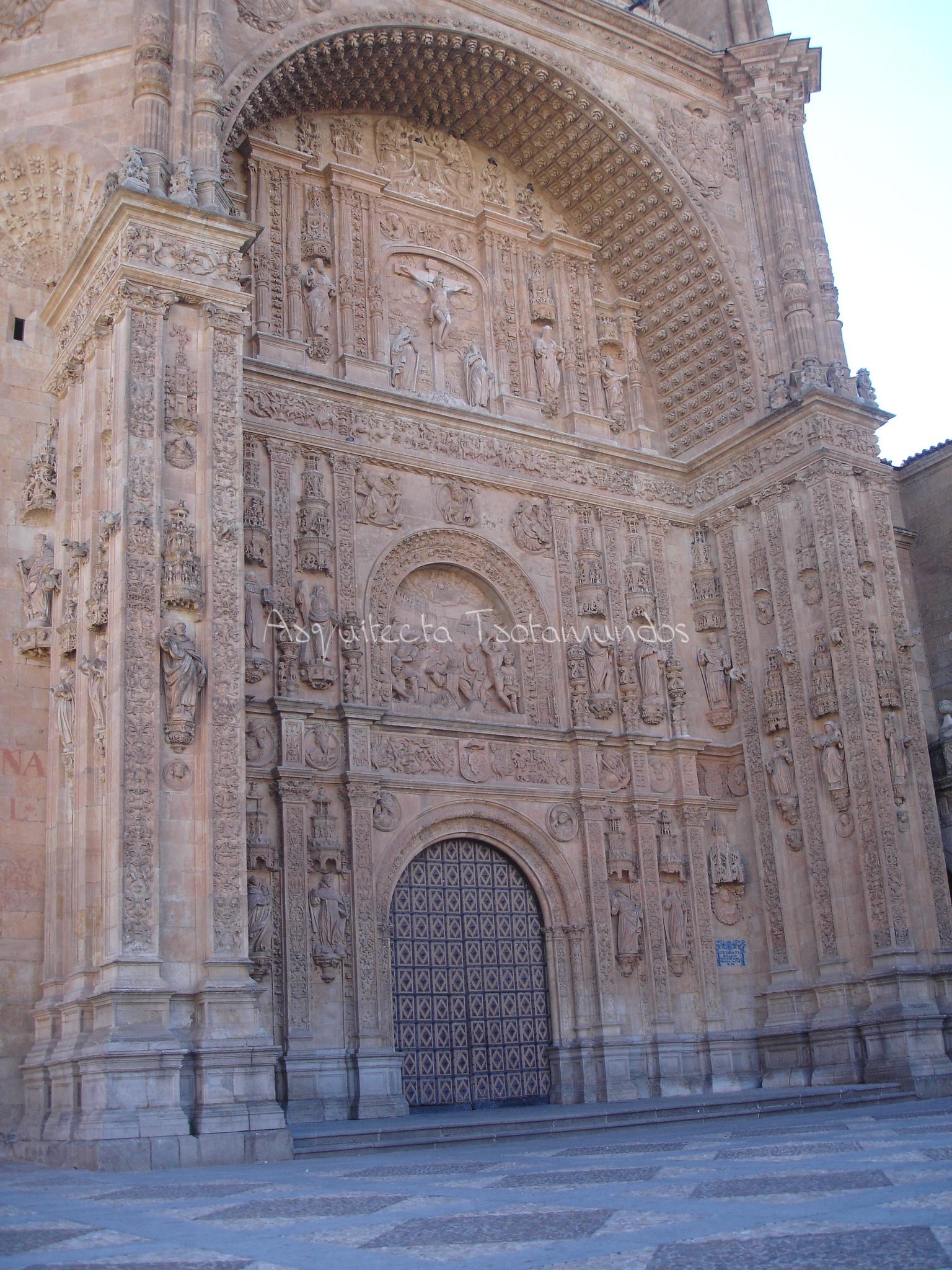 Salamanca - Fachada del Convento de San Esteban